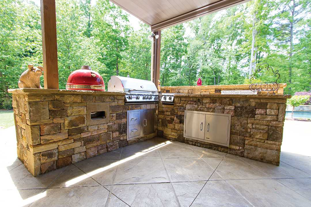 Under Cover Outdoor Kitchen